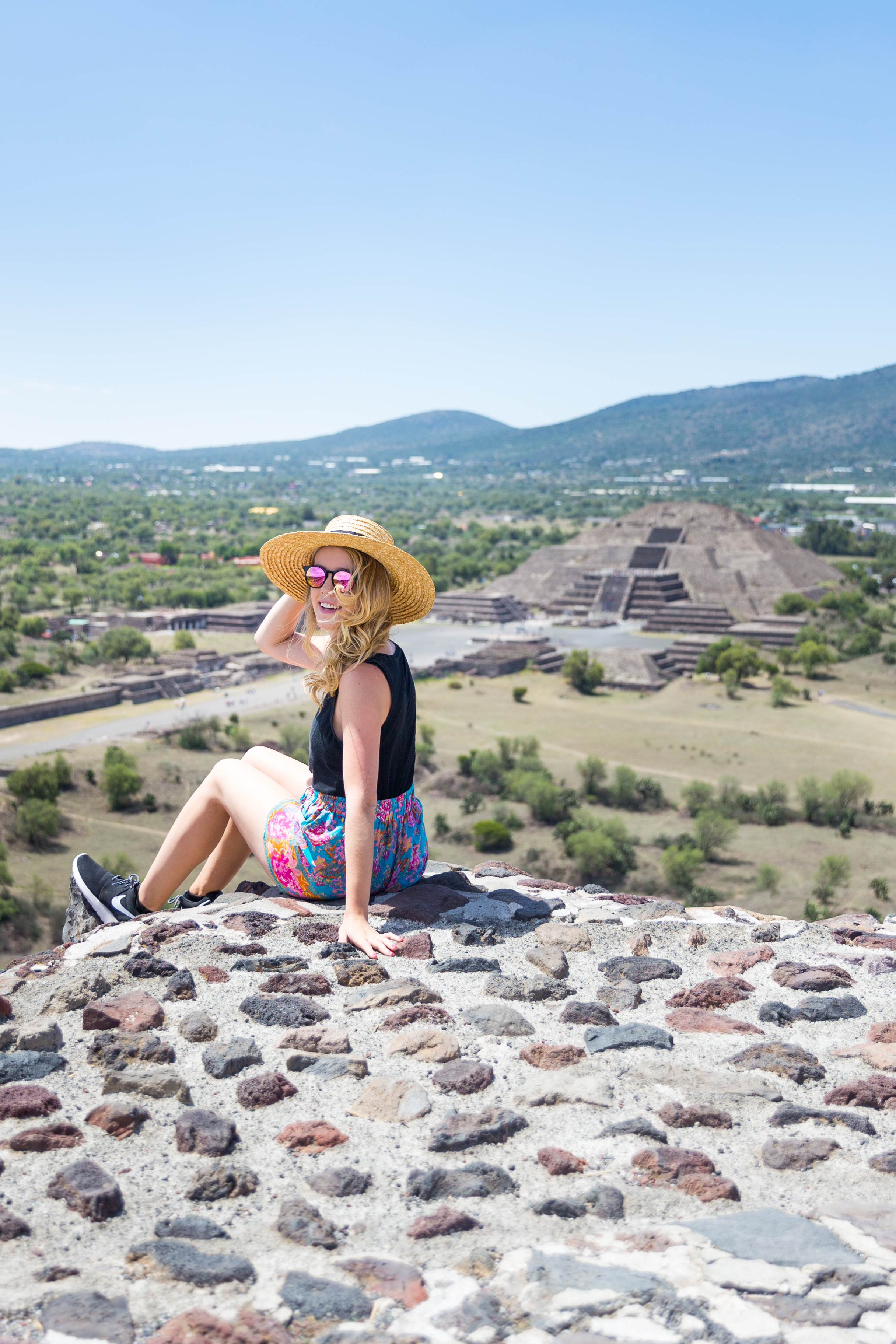 Mexico City Teotihuacan Pyramids Pattern Shorts Casual Summer Outfit-9.jpg
