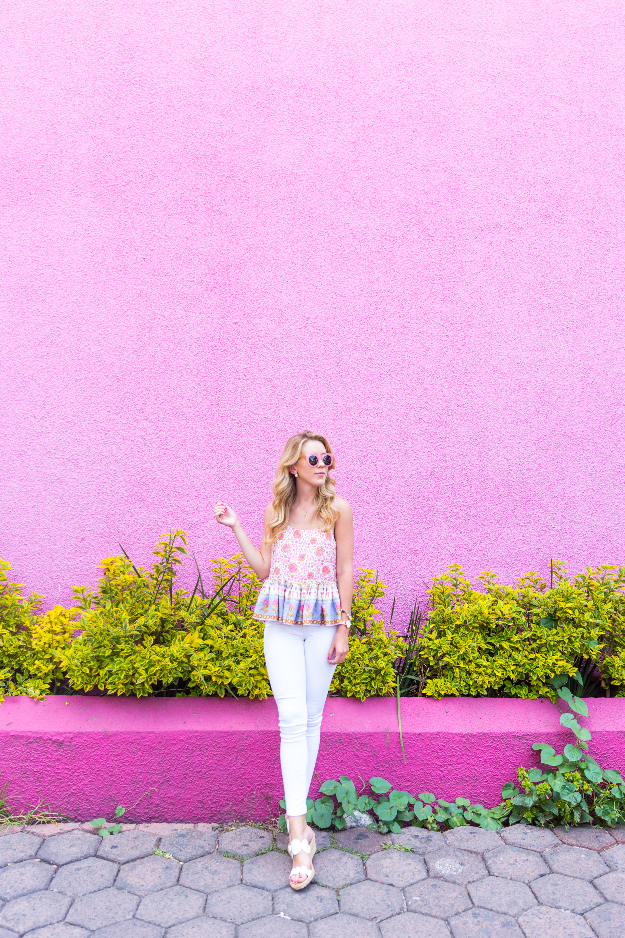 Mexico City Pink Wall Summer Outfit White Jeans Peplum Cami.jpg