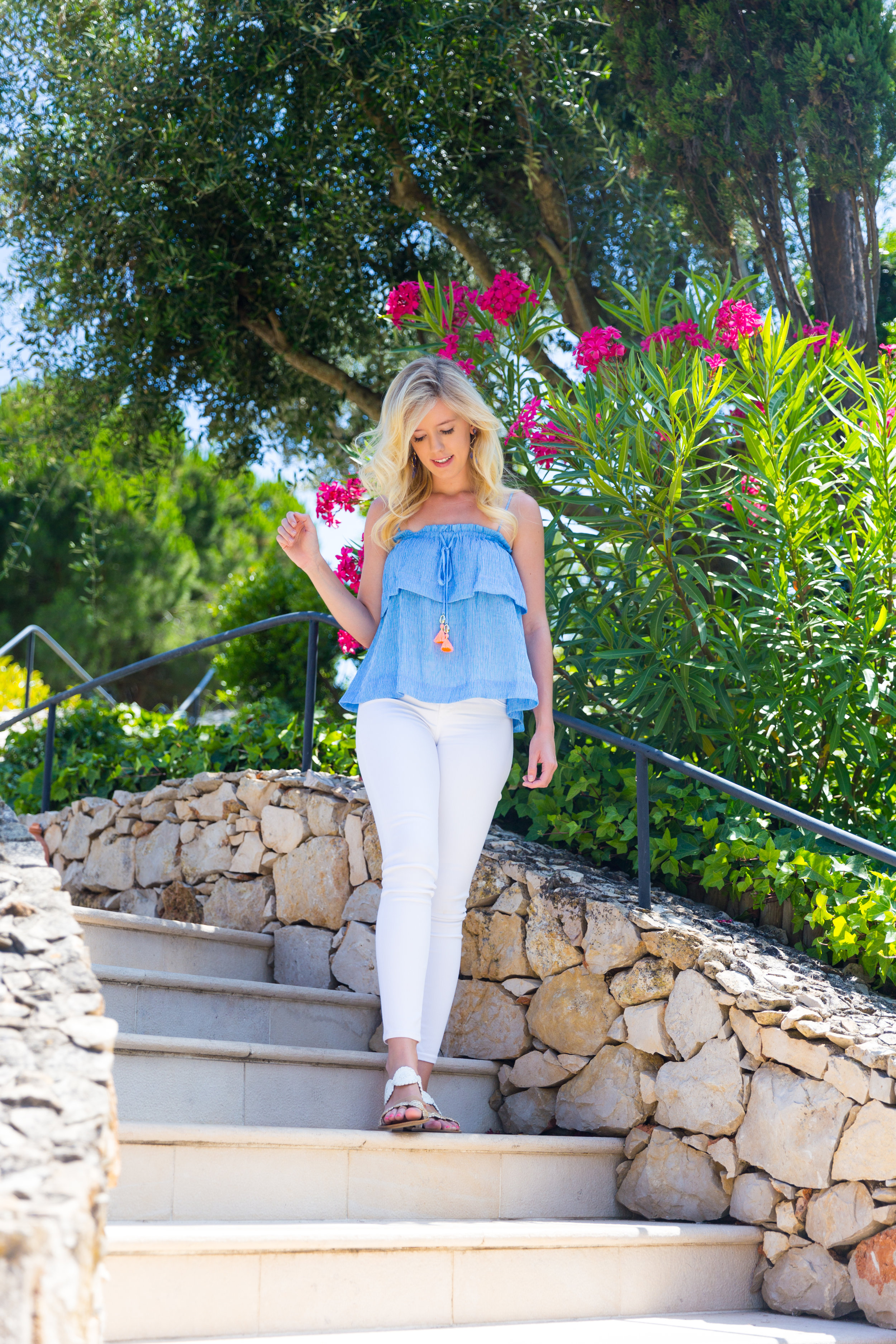 Portugal Algarve Summer Fashion Lilly Pulitzer Top White Jeans-3.jpg