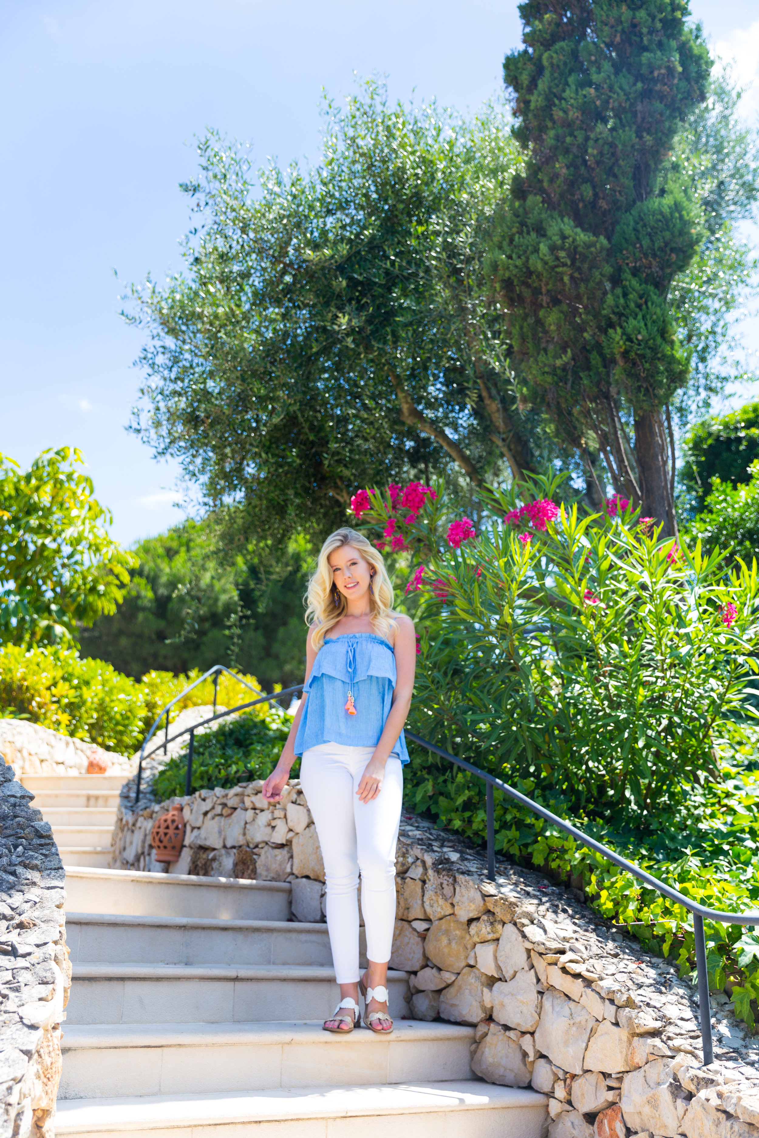 Portugal Algarve Summer Fashion Lilly Pulitzer Top White Jeans.jpg