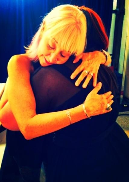 A hug from Barbara Carellas