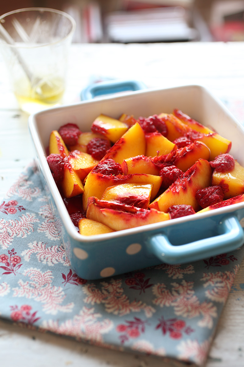 Zapečene breskve i maline - mljac! / Baked Peaches & Raspberries - slurp!