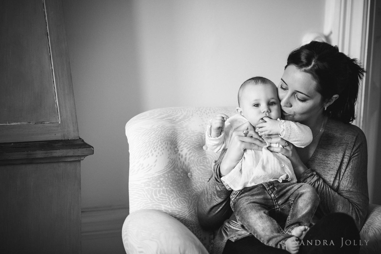 Sandra Jolly Photography_mama kisses