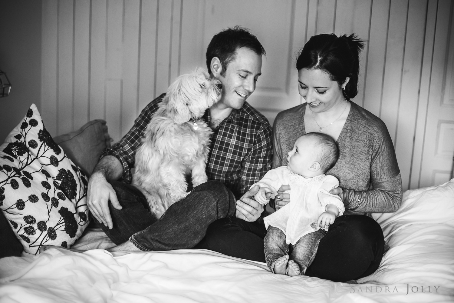 I love this family picture! Can't wait to see the big print the family ordered.