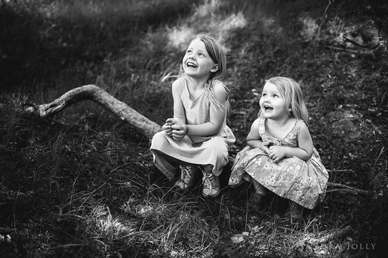 happy sisters_sandra jolly photography