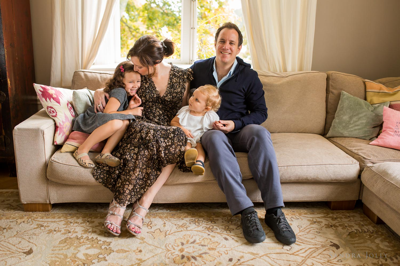 family-portrait-in-stockholm-by-familjefotograf-Sandra-jolly.jpg