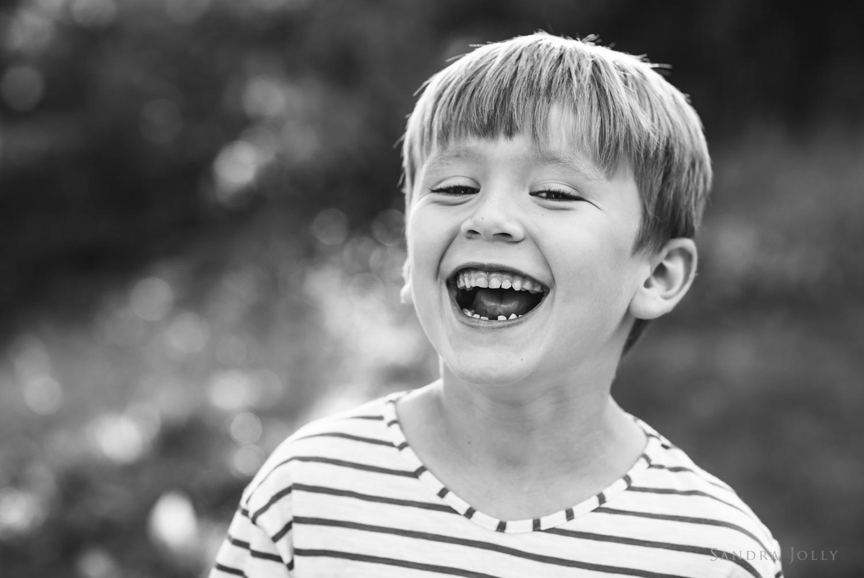 Happy-boy-photograph-by-best-family-photographer-in-Stockholm-Sandra-Jolly.jpg