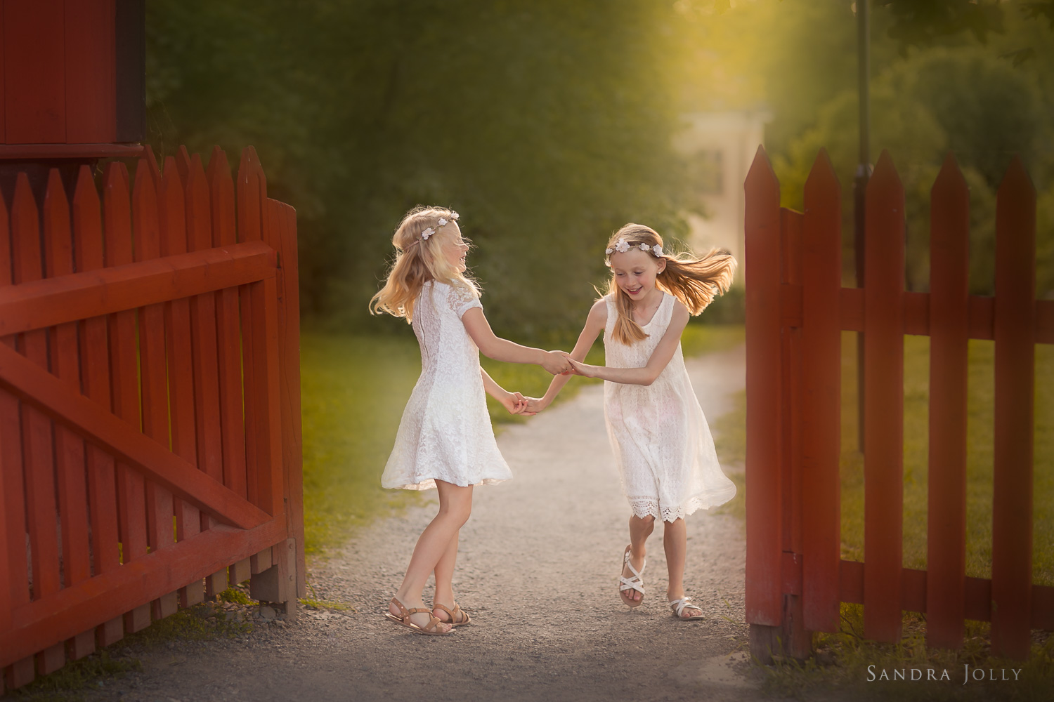 midsummer-in-Sweden-by-Stockholm-child-photographer-Sandra-Jolly.jpg