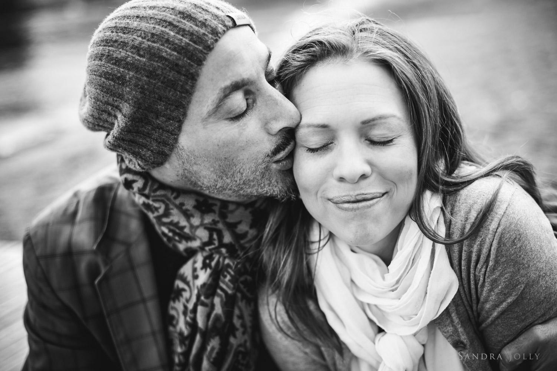 couple-in-love-by-Djursholm-family-photographer-Sandra-Jolly.jpg