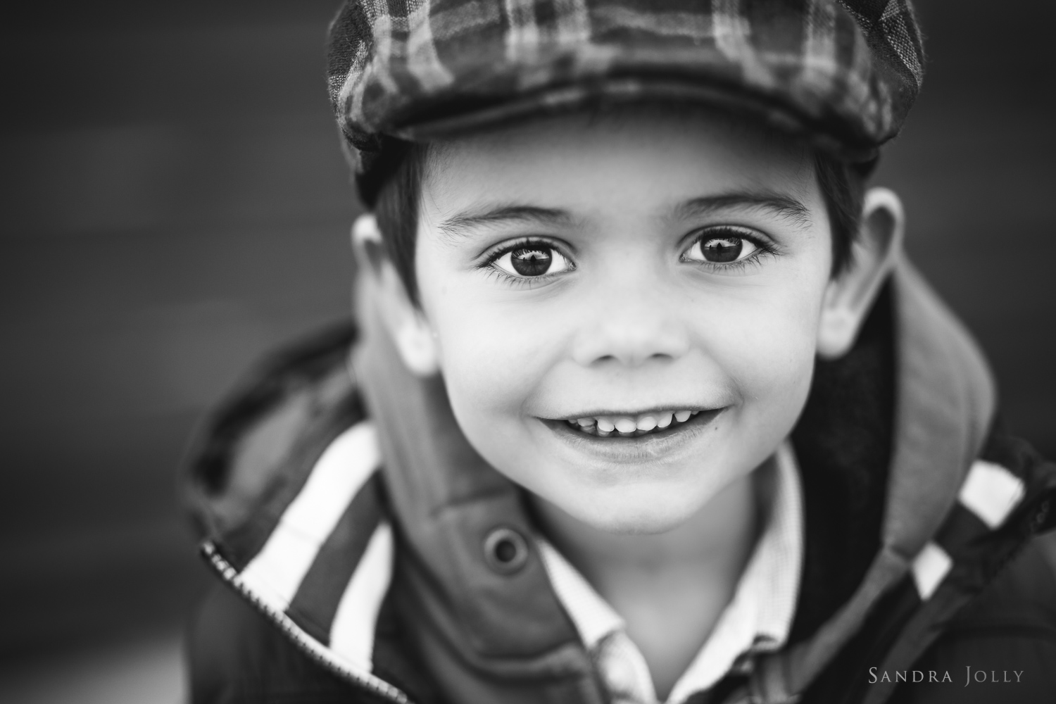 portrait-of-a-little-boy-by-stockholm-barnfotograf-sandra-jolly.jpg