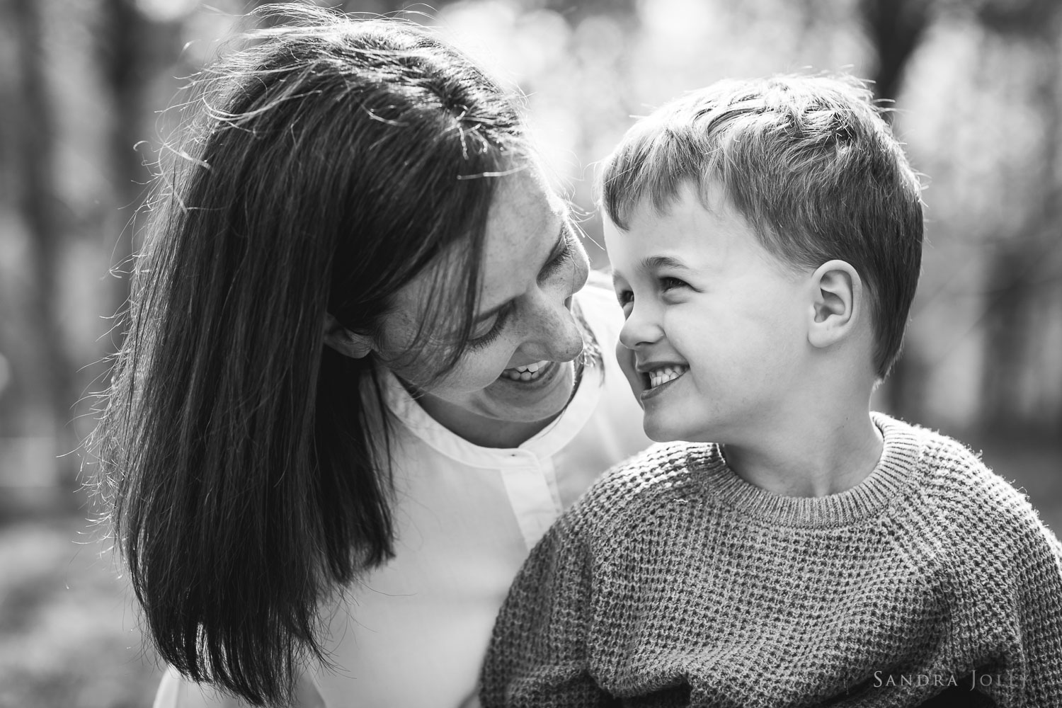 mother-and-son-photo-by-stockholm-family-photographer-sandra.jpg