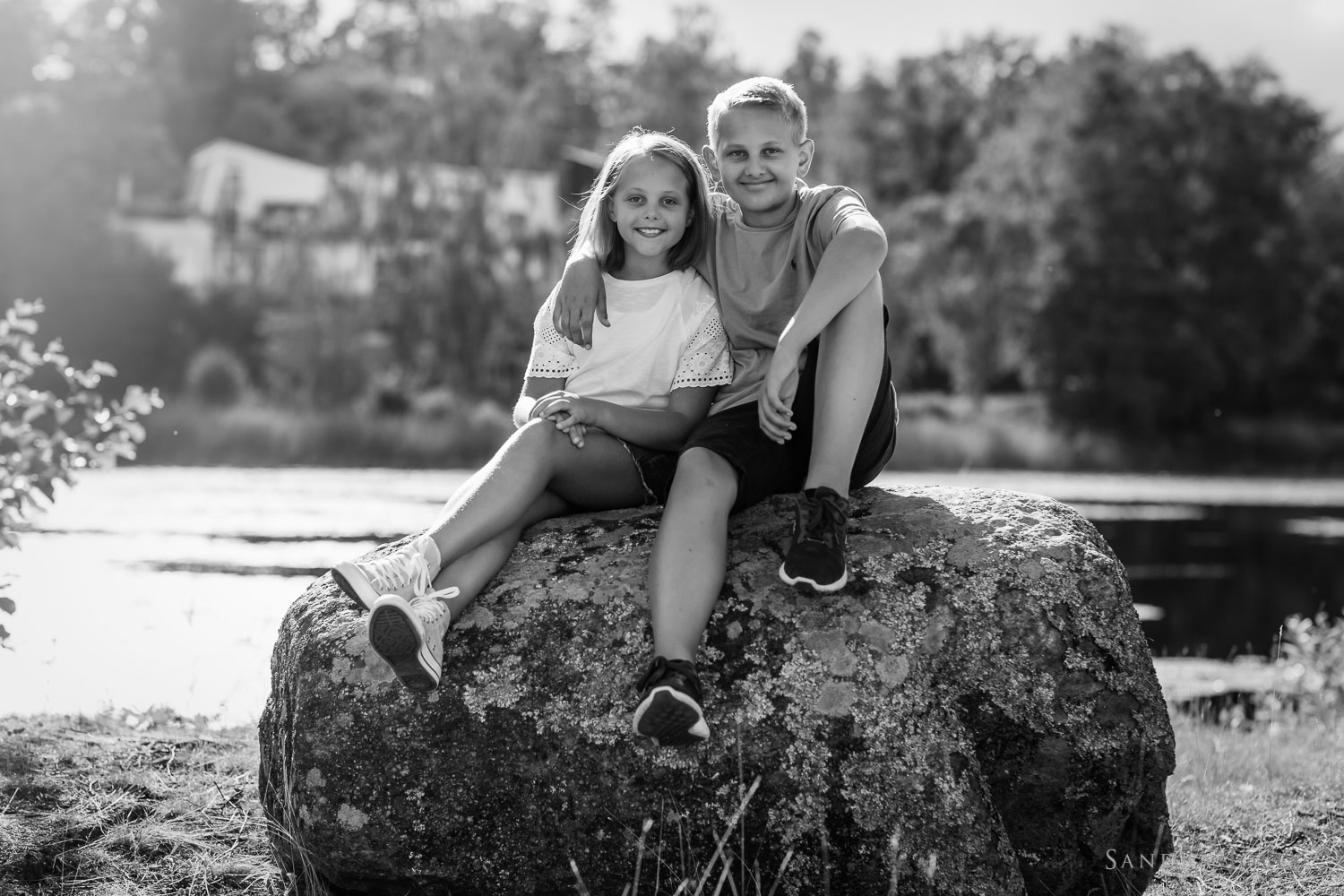 stockholm-sibling-photo-session-by-child-photographer-sandra-jolly.jpg