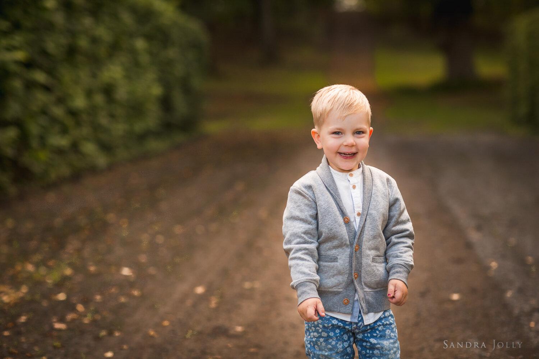 autumn-family-photo-session-stockholm-by-sandra-jolly-photography.jpg