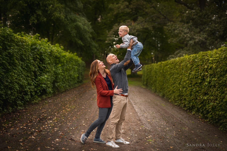family-portrait-ulriksdal-by-bra-familjefotograf-sandra-jolly-photography.jpg