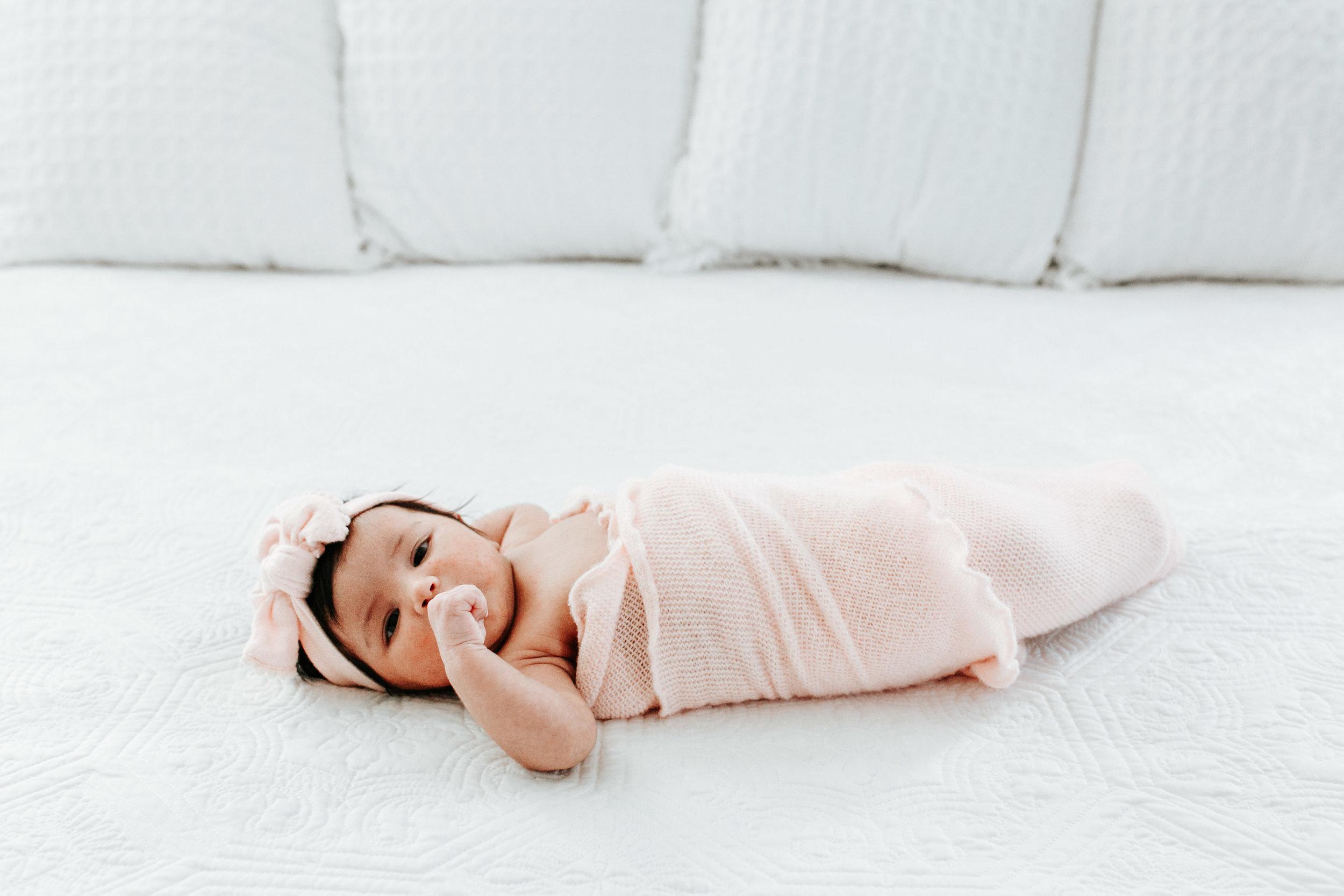 Charlotte-Newborn-Photographer-10.jpg