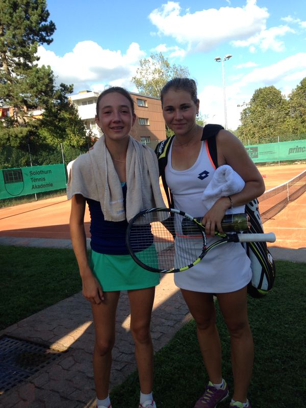Leonie Kung and Valeria Solovyeva after the match