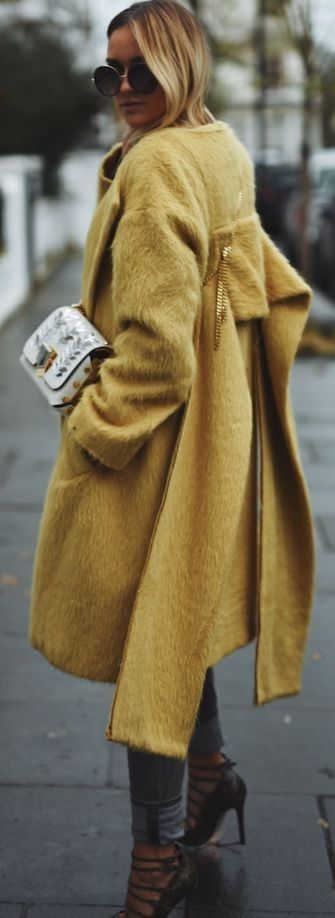 Yello coat