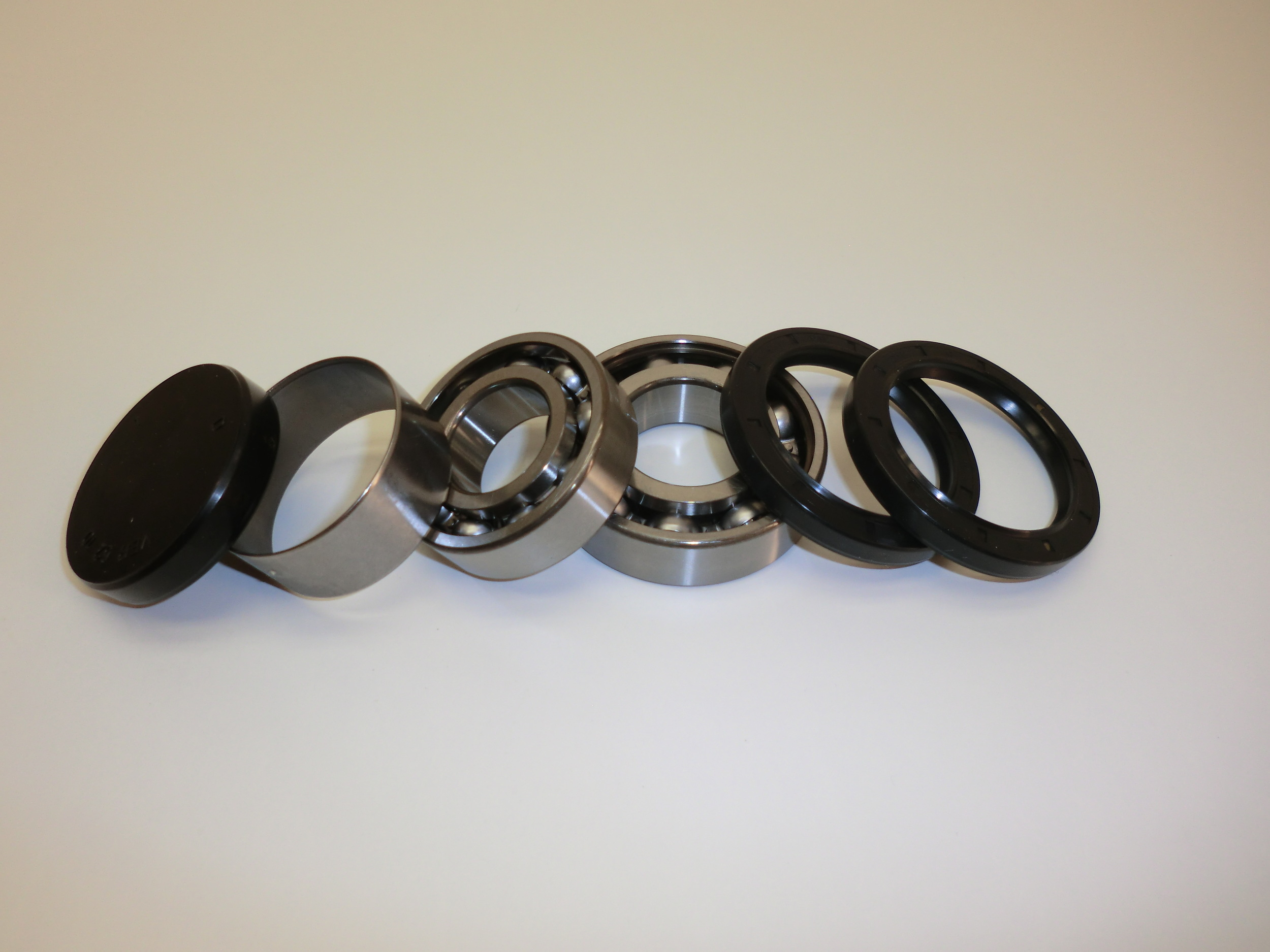 bearing kit Häggo Nr: 353 6126-802   price: 440 sek