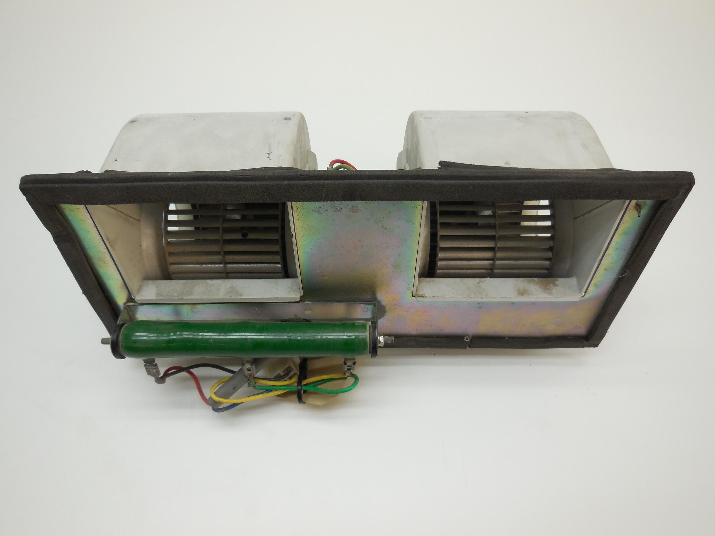 heater fan (used) new motor häggo Nr: 153 6150-647 blast Nr: 100 401 083 price: 8300 sek