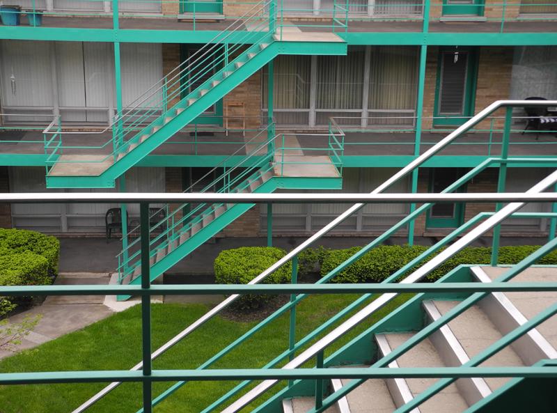 stairs looksm.jpg