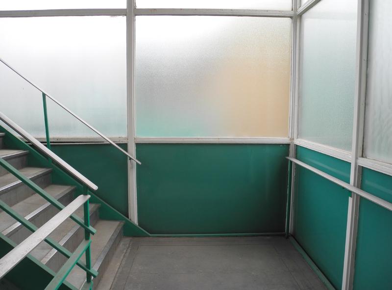 stairwaysm.jpg