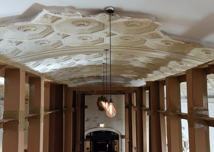 ceilingsm.jpg