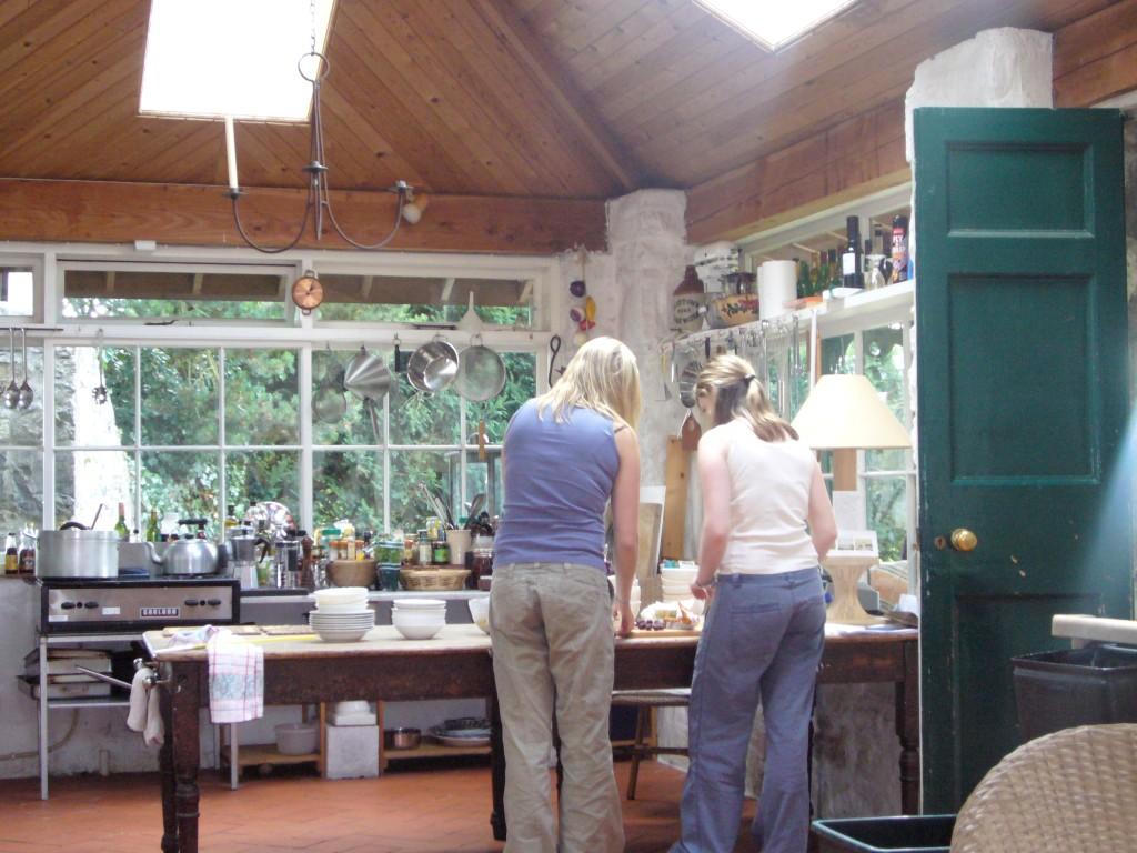 Kitchen 2 - Shawbrook (Medium).JPG