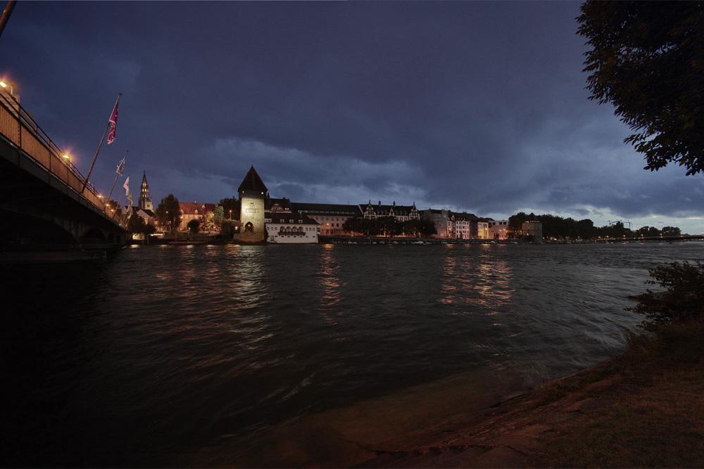 Rheintorturm_art_studiodeschutter_lichtberatung.jpg