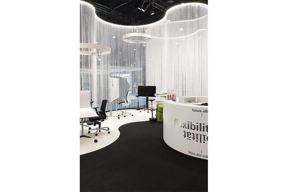 Paperworld_6_Studio-de-schutter-lighting-design-fair-frankfurt-messe-licht.jpg