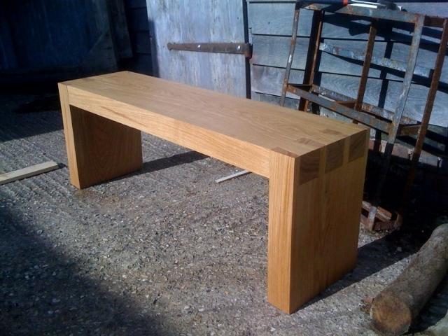 dovetail bench 3.jpg
