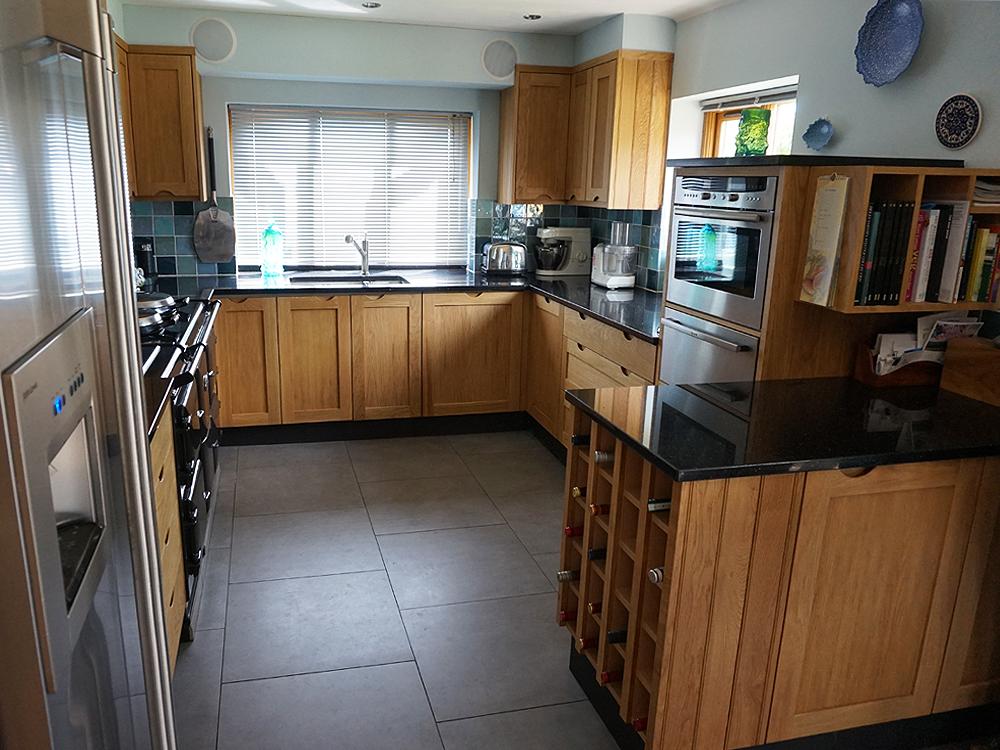 Oak Handleless Shaker Kitchen Tekton Carpentry Design