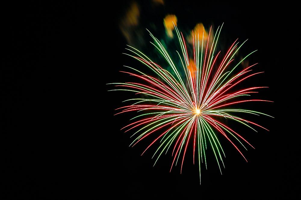 Fireworks 16-25.jpg