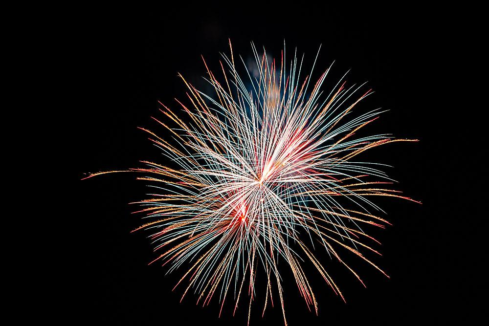 Fireworks 16-28.jpg