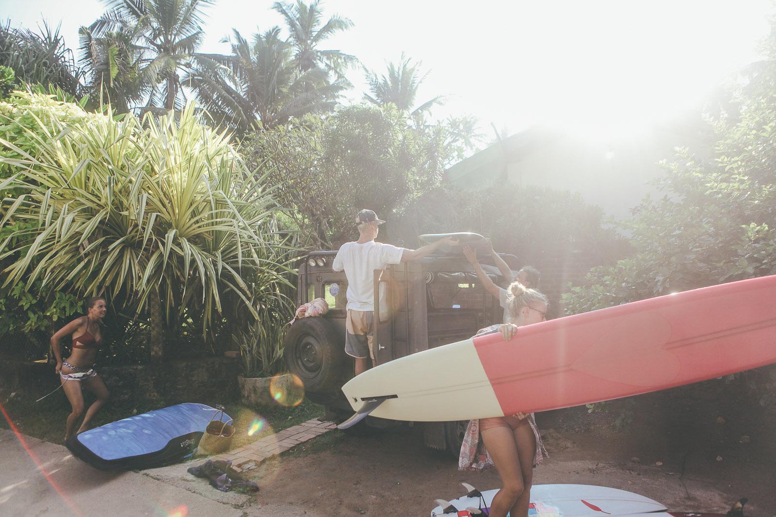 Sunshinestories-Sri-Lanka-Medawatta-Medawata-Meda-Watta-Mada-surf-Lonboard-Surfing-Wave-Surf-School-Camp-Yoga-Studio-IMG_0777.jpg