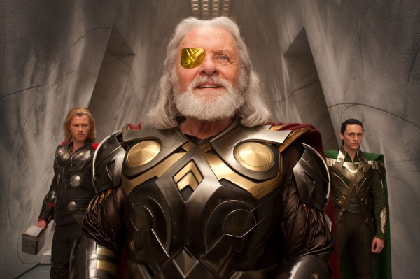 thor_odin_loki_chris_hemsworth_anthony_hopkins_tom_hiddleston_image-600x399.jpg