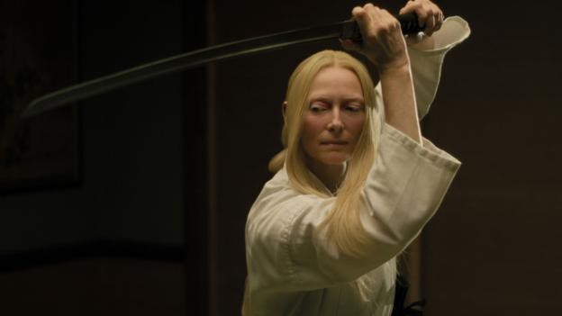 Tilda Swinton practices.