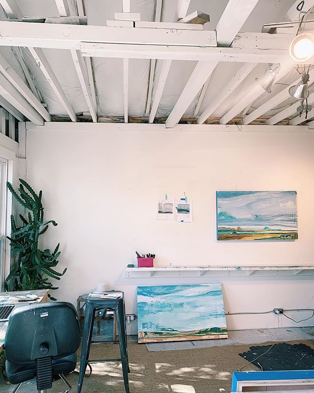 I love a good process shot. Landscapes baby.... . . . . . . . #inthestudio #studio #abstractlandscapes #kiahannbellowsart #westernlandscape #galleryartist #mondayinthestudio #process