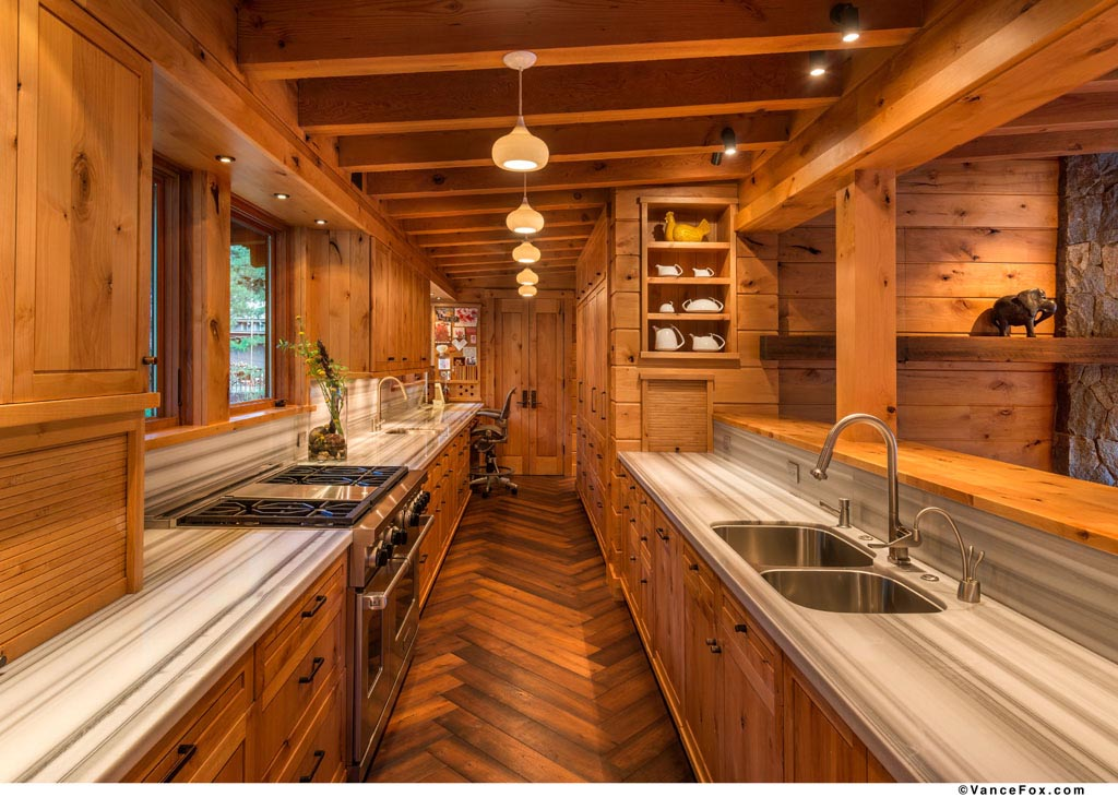 Ski Lodge (5).jpg