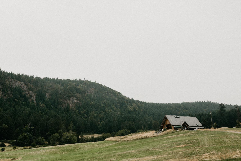 Farm house at Bird's Eye Cove, Vancouver Island wedding