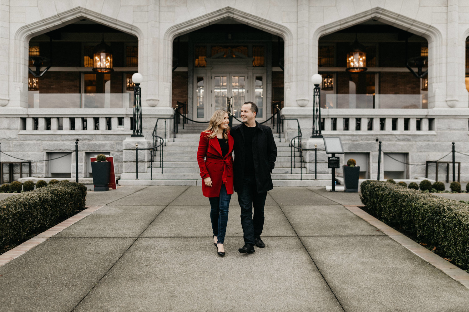 Empress Hotel engagement session - victoria engagement photographer