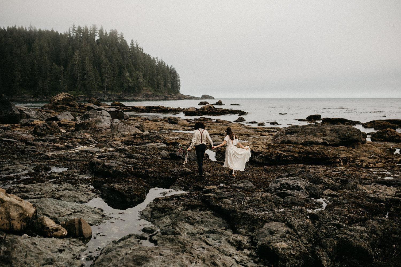 sombrio beach west coast, victoria bc engagement photographer