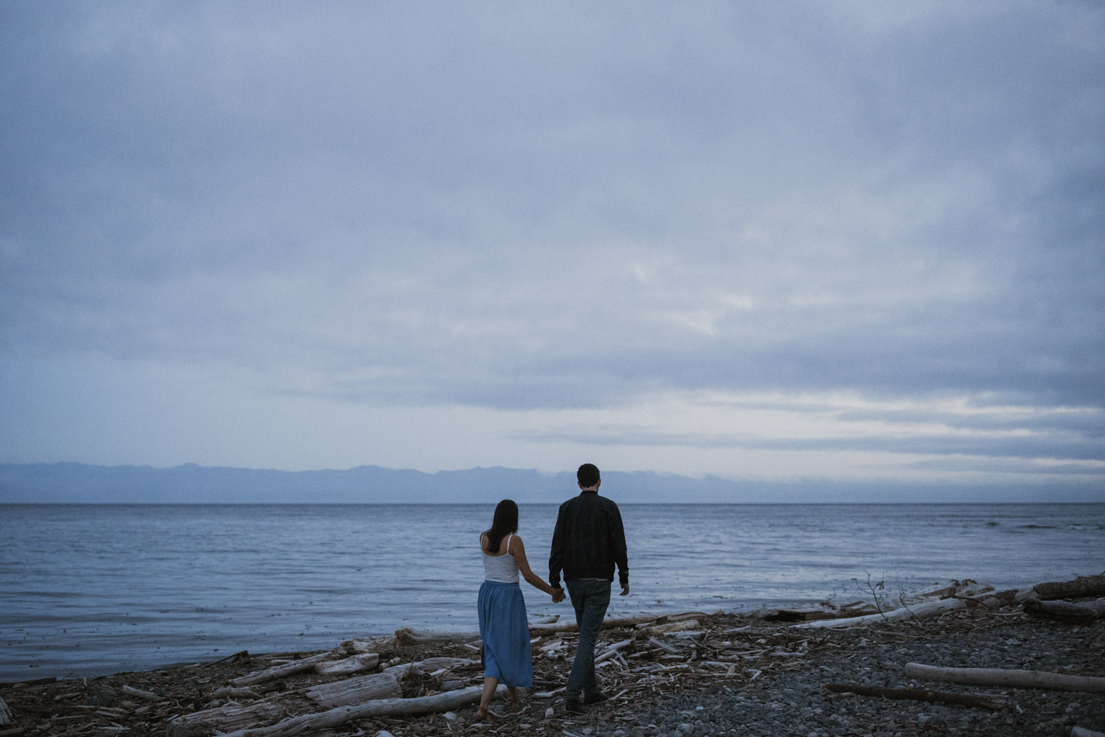 beach Blue Hour - astrophotography engagement session vancouver island-10.jpg