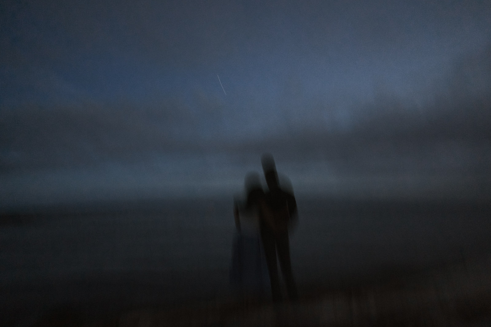 beach Blue Hour - astrophotography engagement session vancouver island-38.jpg