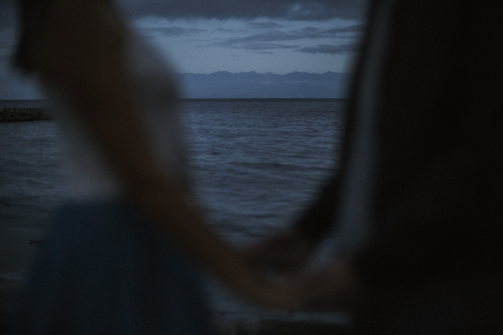 beach Blue Hour - astrophotography engagement session vancouver island-53.jpg