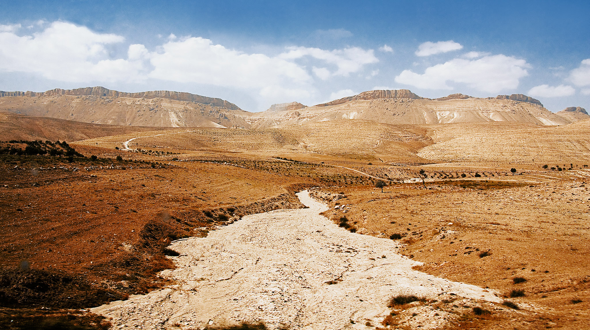 A dry river in Syria. Source: Creative Commons, Flickr