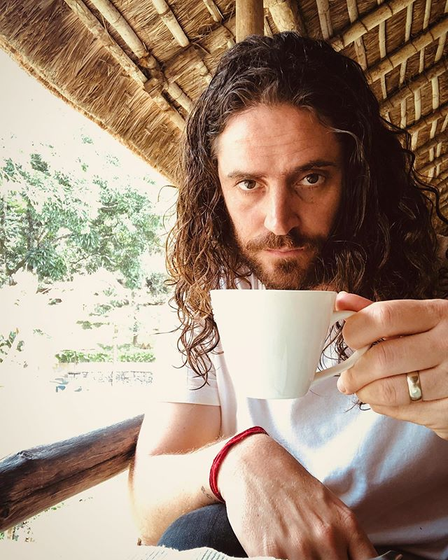 hello . just had an ayurvedic massage here in the hills of kerala . i don't know what it means to be a human anymore . this tea might help . we can only hope that I still know how to play guitar after all this . spose doesn't really matter anyway cos there is virtually none on our new record anyway . cheers and goodnight . 📸 = it's a selfie