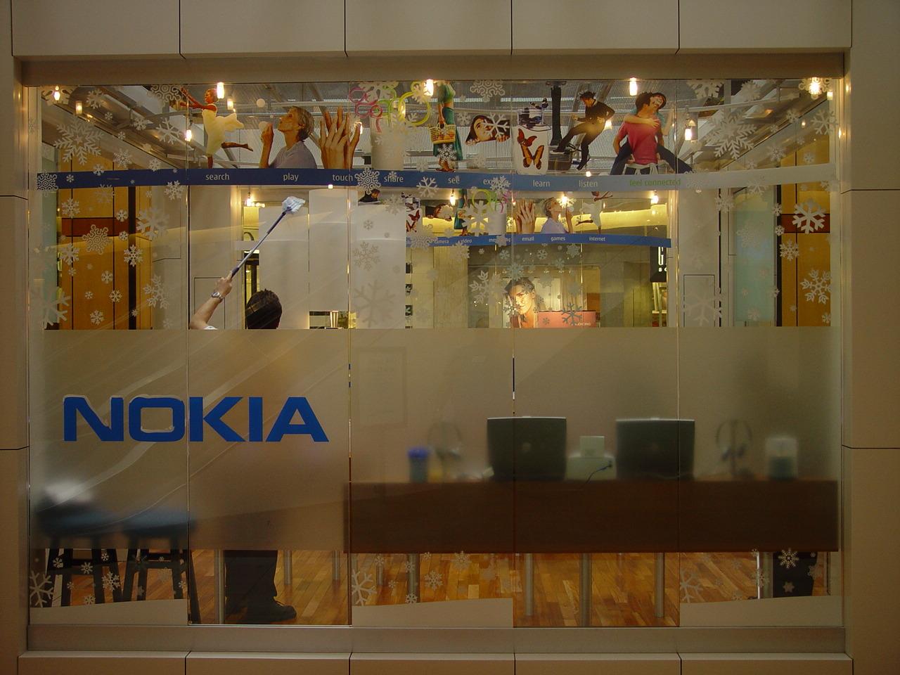 Nokia Kiosk 11-01-05 002.jpg