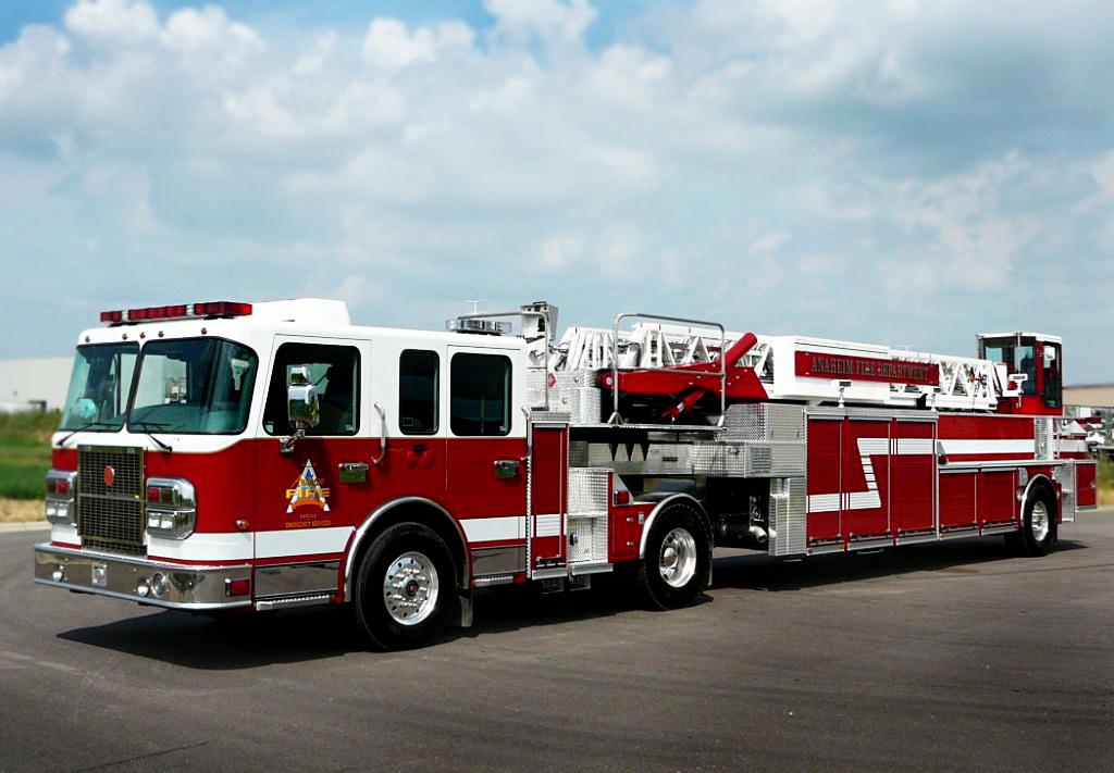 Anaheim Fire Ladder Truck.jpg