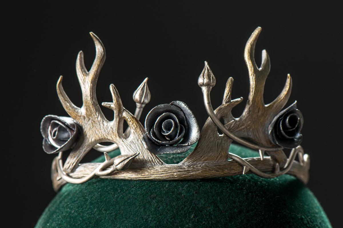 MGoT_margaery_crown_1200x800.jpg