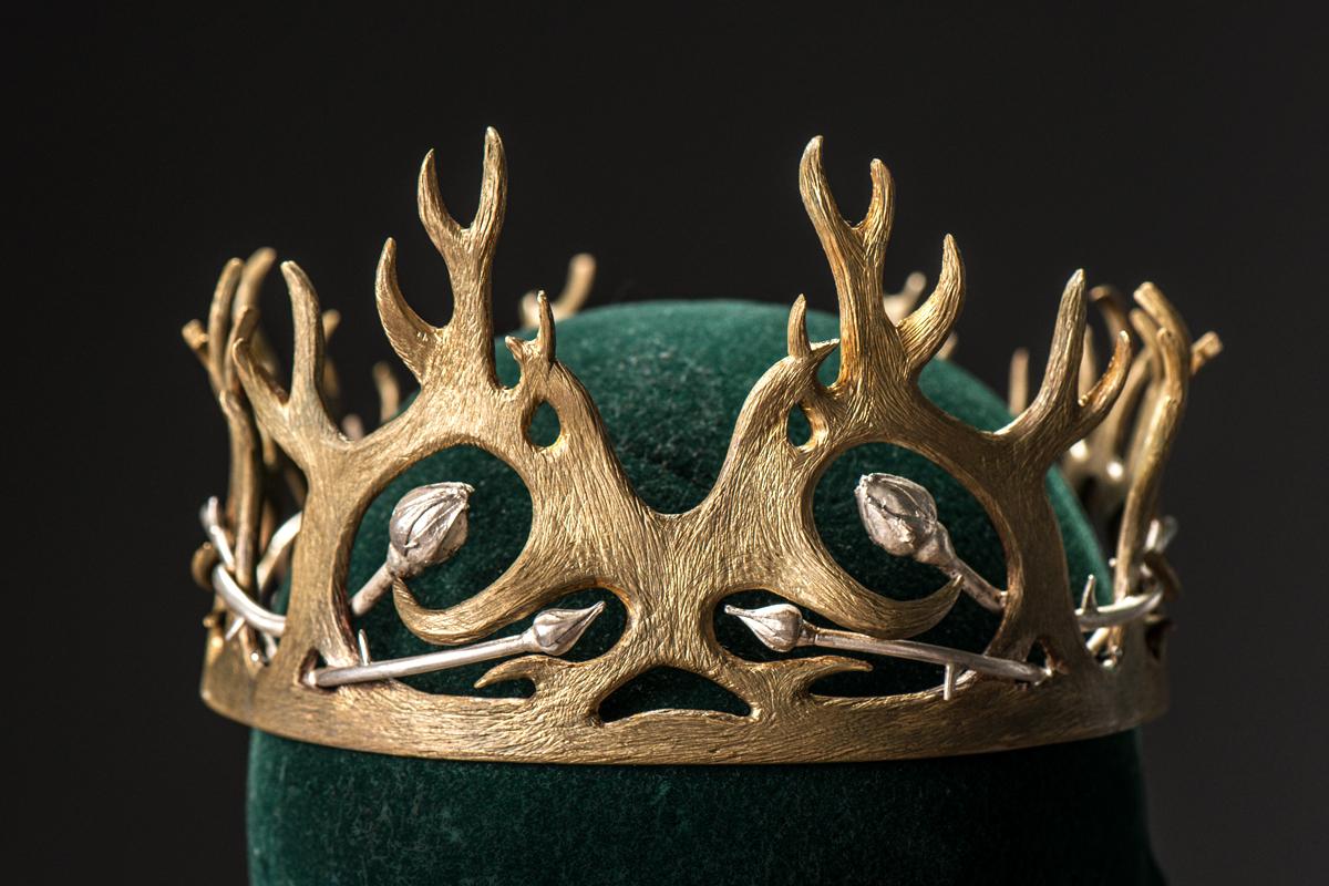 MGoT_joffrey_crown_1200x800.jpg